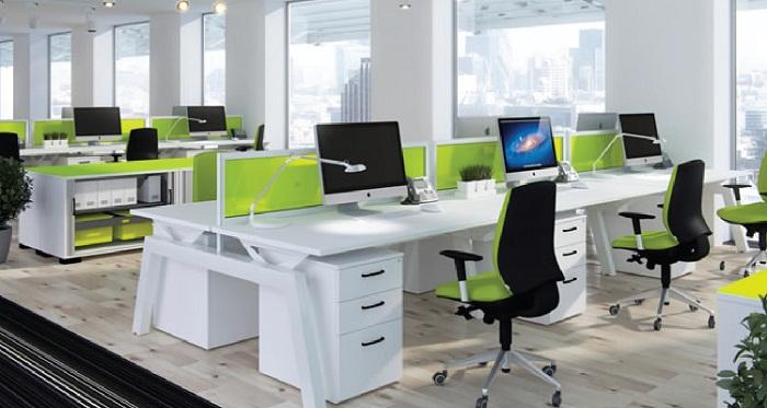 Cách bày trí bàn làm việc cho nhân viên văn phòng