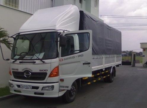 Lái xe tải giờ giấc không cố định thường xa nhà chạy đường dài