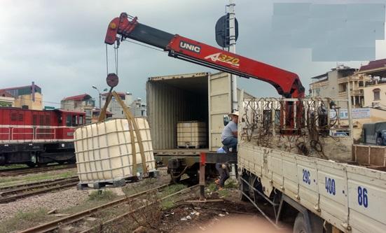 Chở hàng đường dài bắc nam với các xe tải thùng bạt