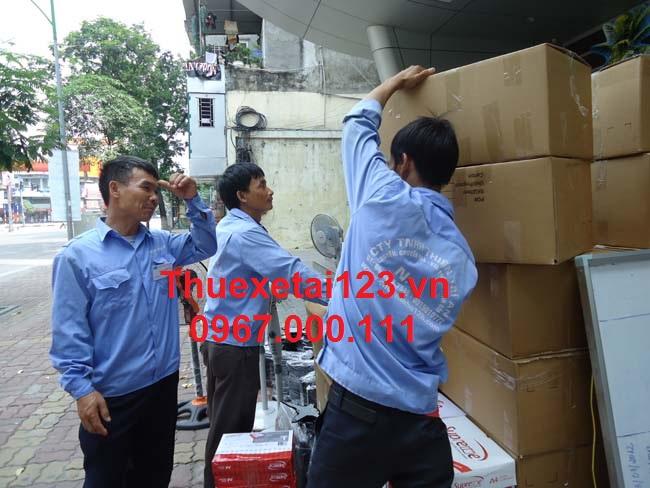 Taxi tải vận chuyển hàng hóa liên tỉnh