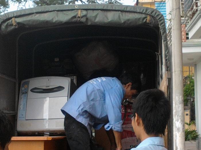 Dịch vụ chuyển nhà trọn gói giá rẻ Thần Đèn