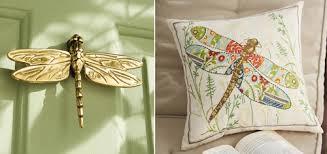 Hình ảnh chuồn chuồn đại diện cho sự may mắn