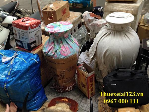 Nhiều đồ đạc cồng kềnh cần vận chuyển
