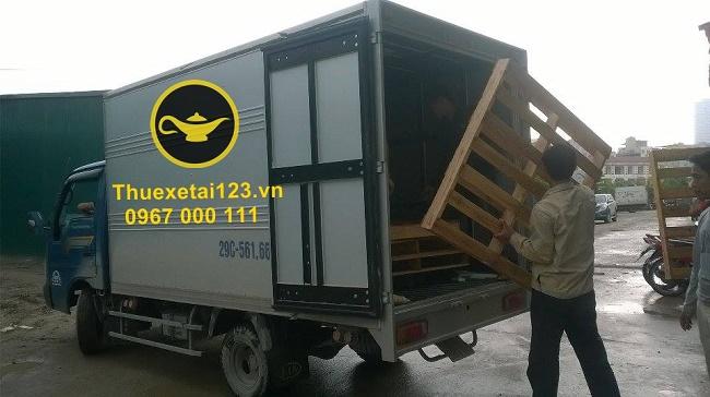 Taxi tải Thần Đèn hỗ trợ vận chuyển