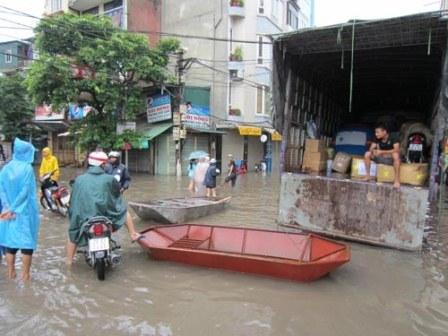 Sử dụng taxi tải chuyển nhà ngày mưa