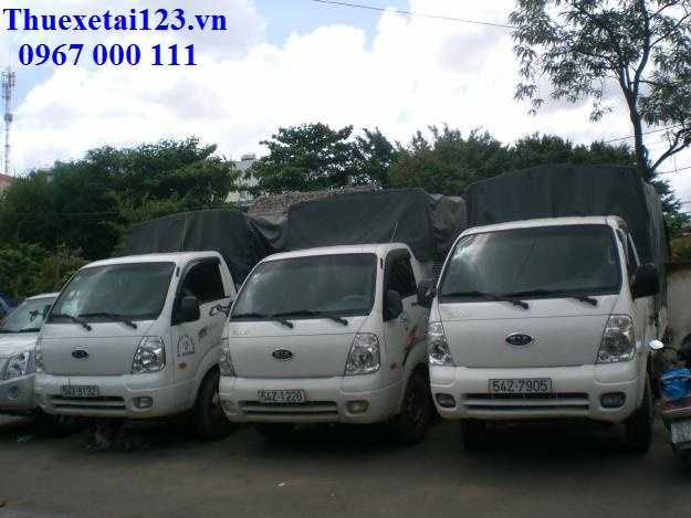 Taxi tải Thần Đèn phục vụ khách hàng